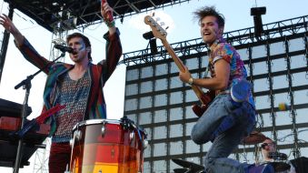Petricca and bassist Kevin Ray tear up a live performance. Image via bing.com